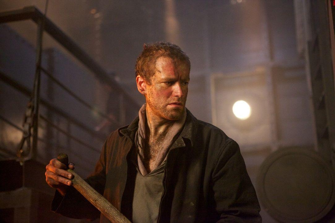 Ahnt noch nicht, was auf ihm zukommen wird: Chefheizer der Titanic im Kesselraum 6, Fred Barratt (Phil Cheadle) ... - Bildquelle: CJ December Dangerous Films Ltd