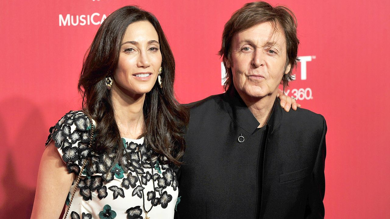 Sir-Paul-McCartney-Nancy-Shevell-12-02-10-getty-AFP - Bildquelle: getty-AFP