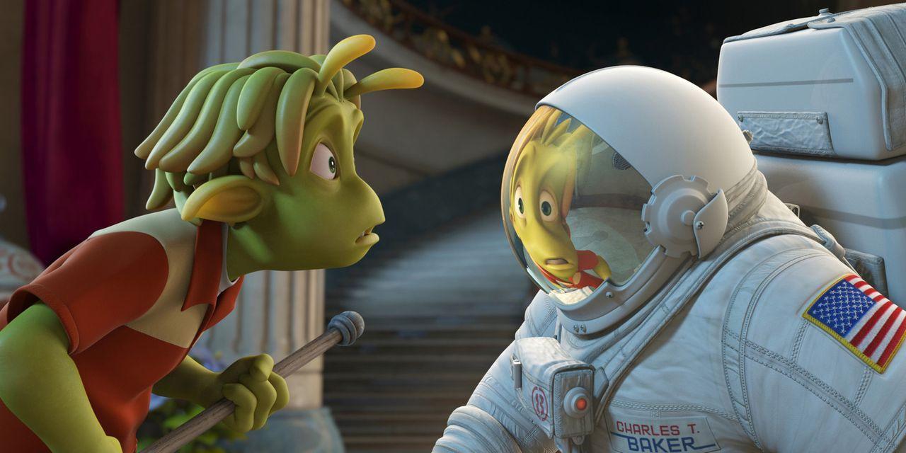Der kleine grüne Lem (l.), Bewohner des Planeten 51, traut seinen Augen nicht, als ausgerechnet in seinem Garten ein Raumschiff mit einem menschlic... - Bildquelle: 2009 Columbia TriStar Marketing Group, Inc.  All Rights Reserved.