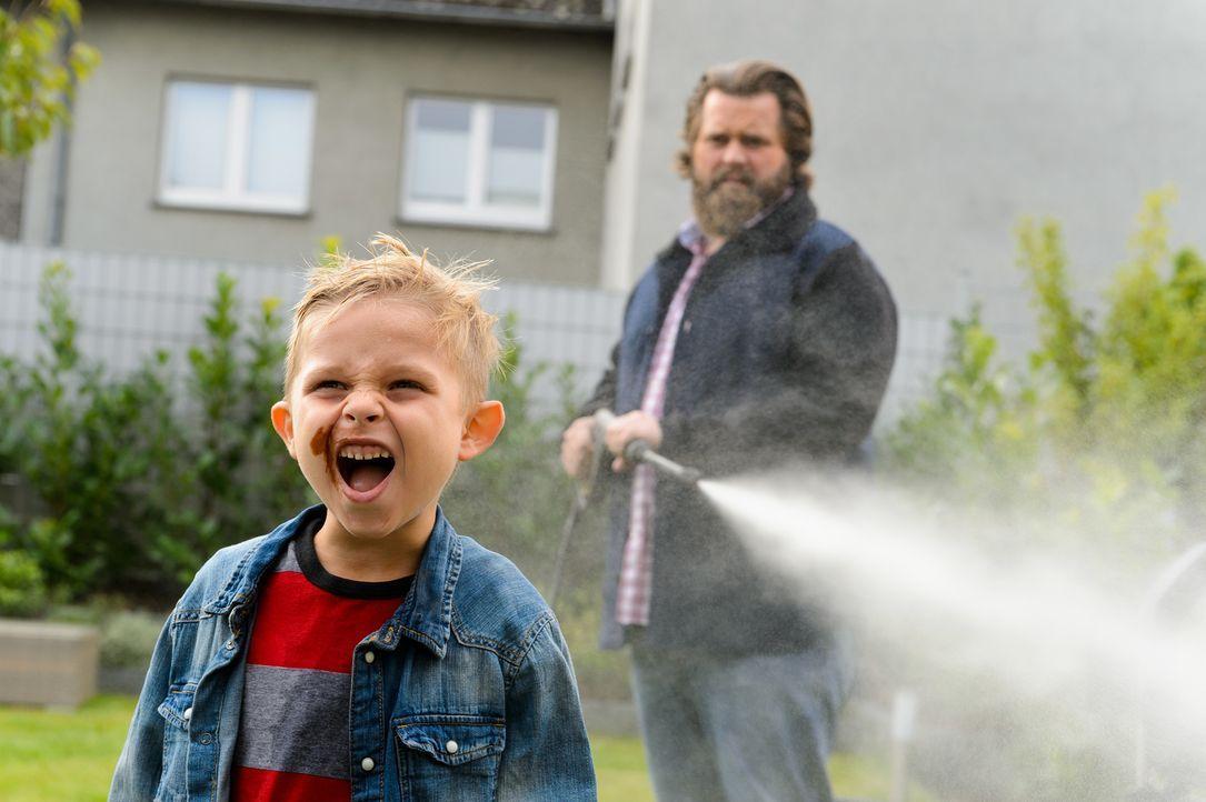 (2. Staffel) - Ob zu Hause im Garten mit den Kids, im Job oder im Urlaub - Antoine Monot, Jr. schlüpft in unterschiedliche Männer-Rollen und bringt... - Bildquelle: Willi Weber SAT.1