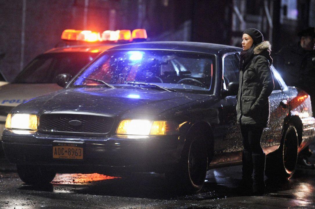 Während Sherlock Holmes in einem neuen Mordfall ermittelt, plagen Joan Watson (Lucy Liu) Zweifel, ob sie ihn verlassen kann, um einen neuen Kliente... - Bildquelle: CBS Television