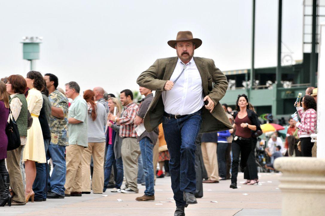 Auf der Flucht, doch er hat nicht mit Patrick und seinen Kollegen gerechnet: Cobb Holwell (Jim Beaver) ... - Bildquelle: Warner Bros. Television