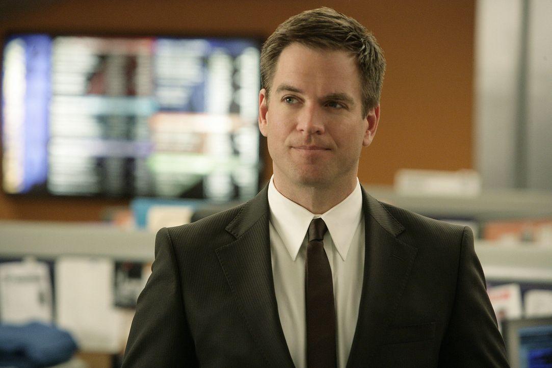Vor Jahren hatte Tony (Michael Weatherly) den Pentagon-Mitarbeiter Renny Grant aufgrund von Unterschlagungen hinter Gitter gebracht. Jetzt muss erne... - Bildquelle: CBS Television