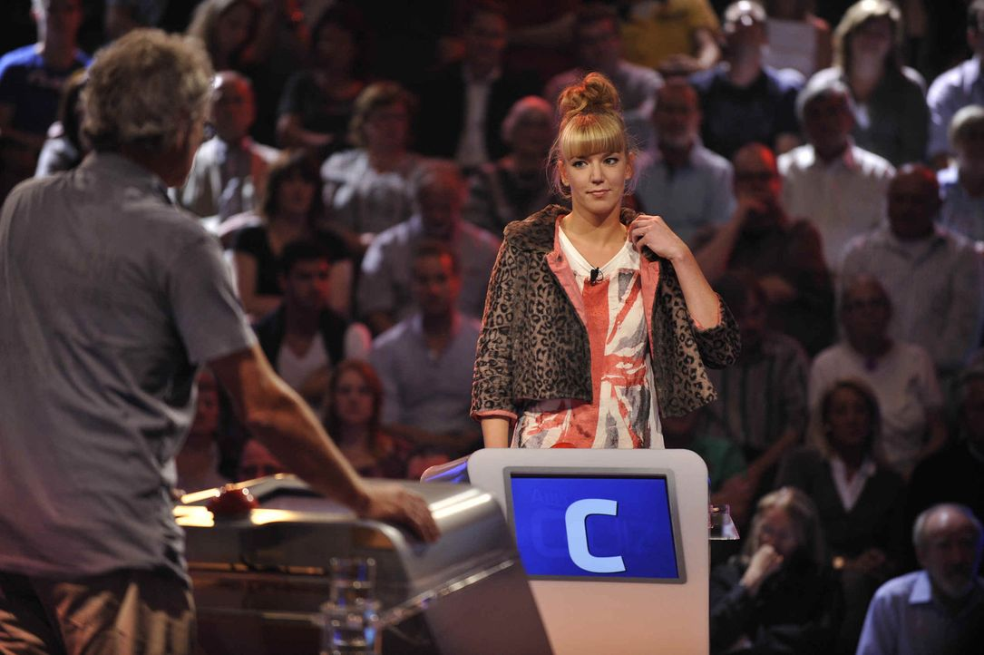 """In """"Das große Allgemeinwissensquiz"""" können die Kandidaten beweisen, was sie auf dem Kasten haben ... - Bildquelle: SAT.1"""