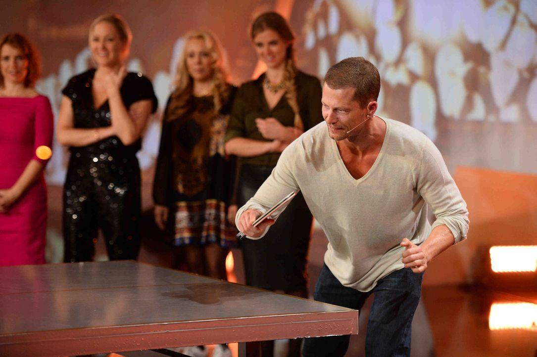 Multitalent Til Schweiger (r.) wird 50 Jahre alt, und alle feiern mit: SAT.1 spendiert dem erfolgreichen Regisseur, Schauspieler und Produzenten ein... - Bildquelle: Willi Weber SAT.1