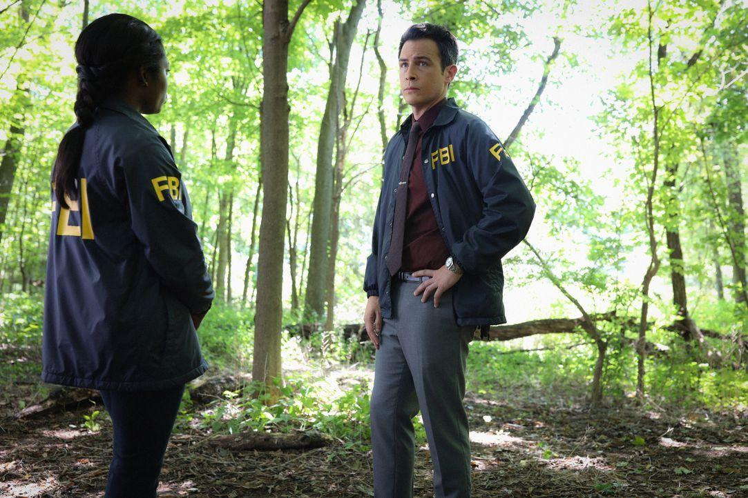 Special Agent Kristen Chazal (Ebonée Noel, l.); Special Agent Stuart Scola (John Boyd, r.) - Bildquelle: Michael Greenberg 2019 CBS Broadcasting, Inc. All Rights Reserved. / Michael Greenberg
