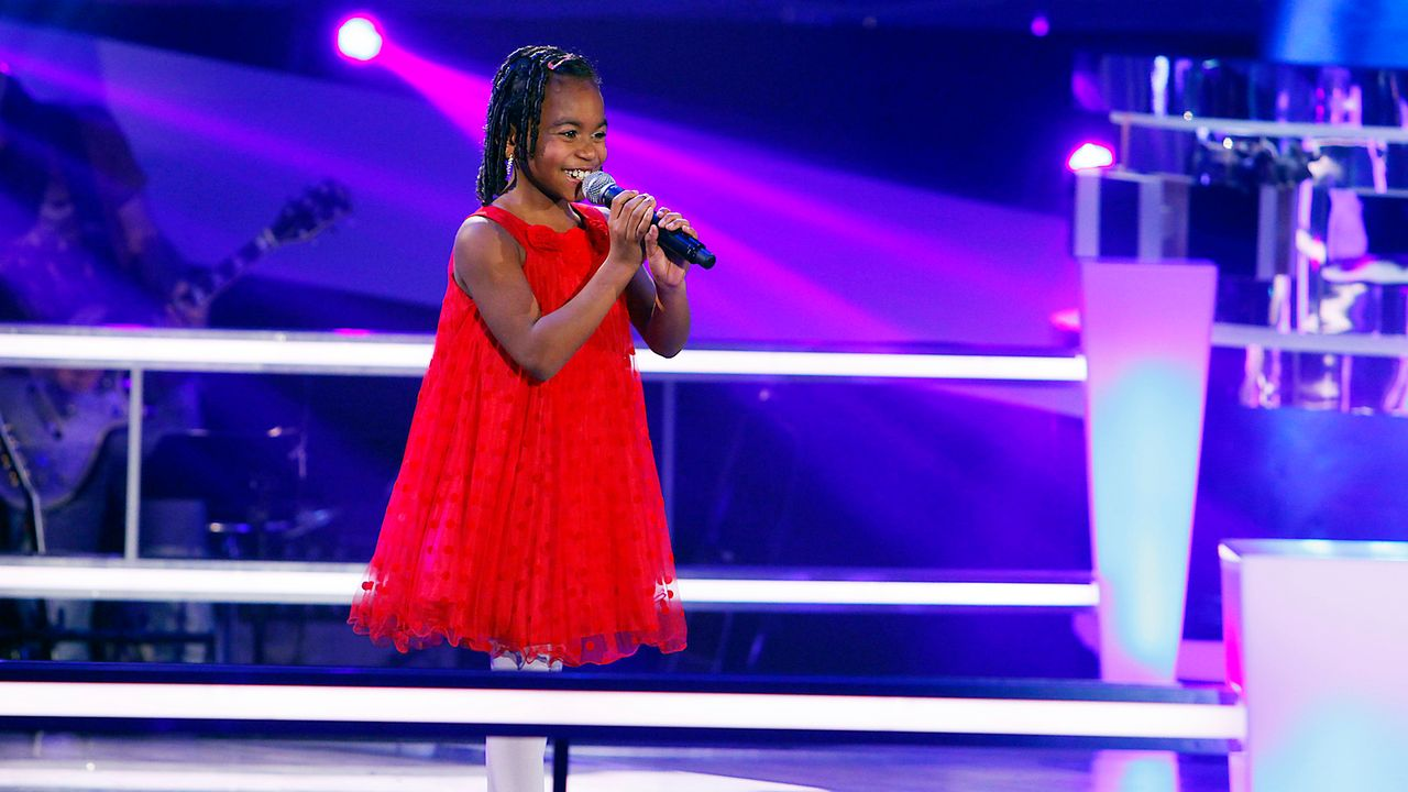 The-Voice-Kids-epi05-Chelsea-5-SAT1-Richard-Huebner - Bildquelle: SAT.1/Richard Hübner