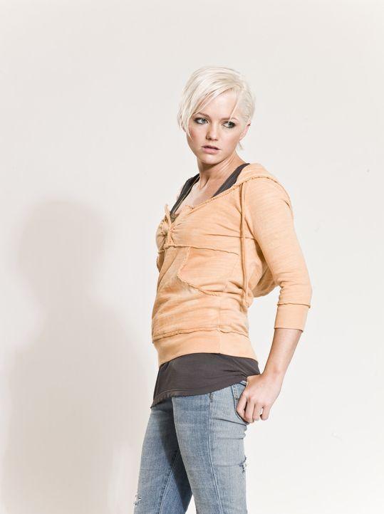 (2. Staffel) - Der Kampf gegen die grässlichen Kreaturen geht weiter: Abby Maitland (Hannah Spearritt) ... - Bildquelle: ITV Plc