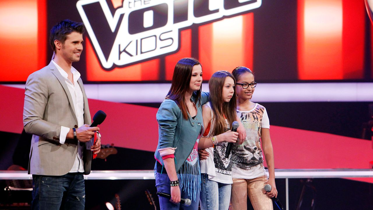 The-Voice-Kids-epi05-ImanMairaMalin-4-SAT1-Richard-Huebner - Bildquelle: SAT.1/Richard Hübner