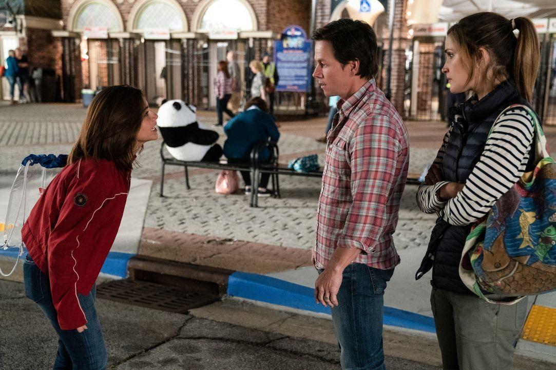 (v.l.n.r.) Lizzy (Isabela Moner); Pete (Mark Wahlberg); Ellie (Rose Byrne) - Bildquelle: Hopper Stone 2018 Paramount Pictures. All rights reserved. / Hopper Stone