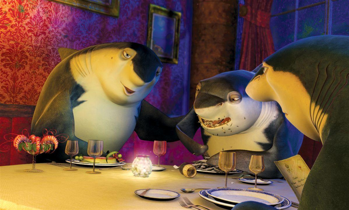 Lenny (M.) ist der Sohn des Hai-Paten Don Lino (r.) und damit Erbe der Raubfisch-Mafia. Er wird von einem riesigen Problem geplagt: Er ist Vegetarie... - Bildquelle: United International Pictures
