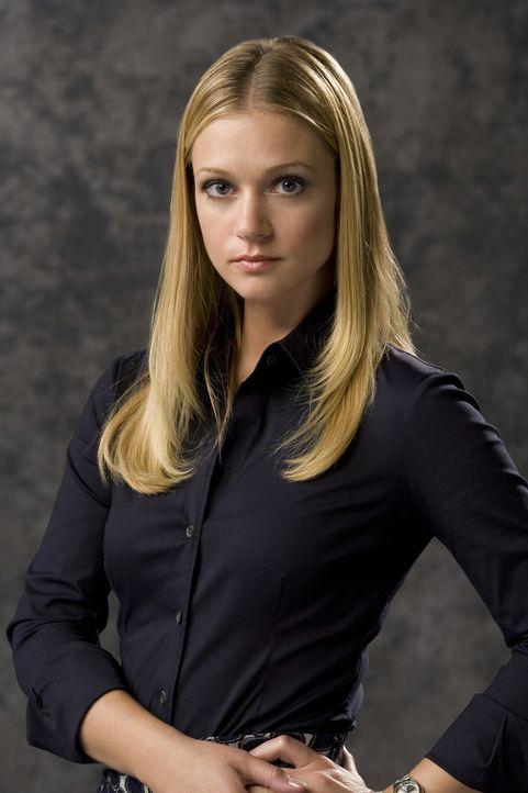 """(3. Staffel) - Mitglied der B.A.U., einer FBI-Einheit, die sich mit verhaltensauffälligen Tätern beschäftigt:  Jennifer """"J.J."""" Jareau (A.J. Cook) ..... - Bildquelle: Touchstone Television"""
