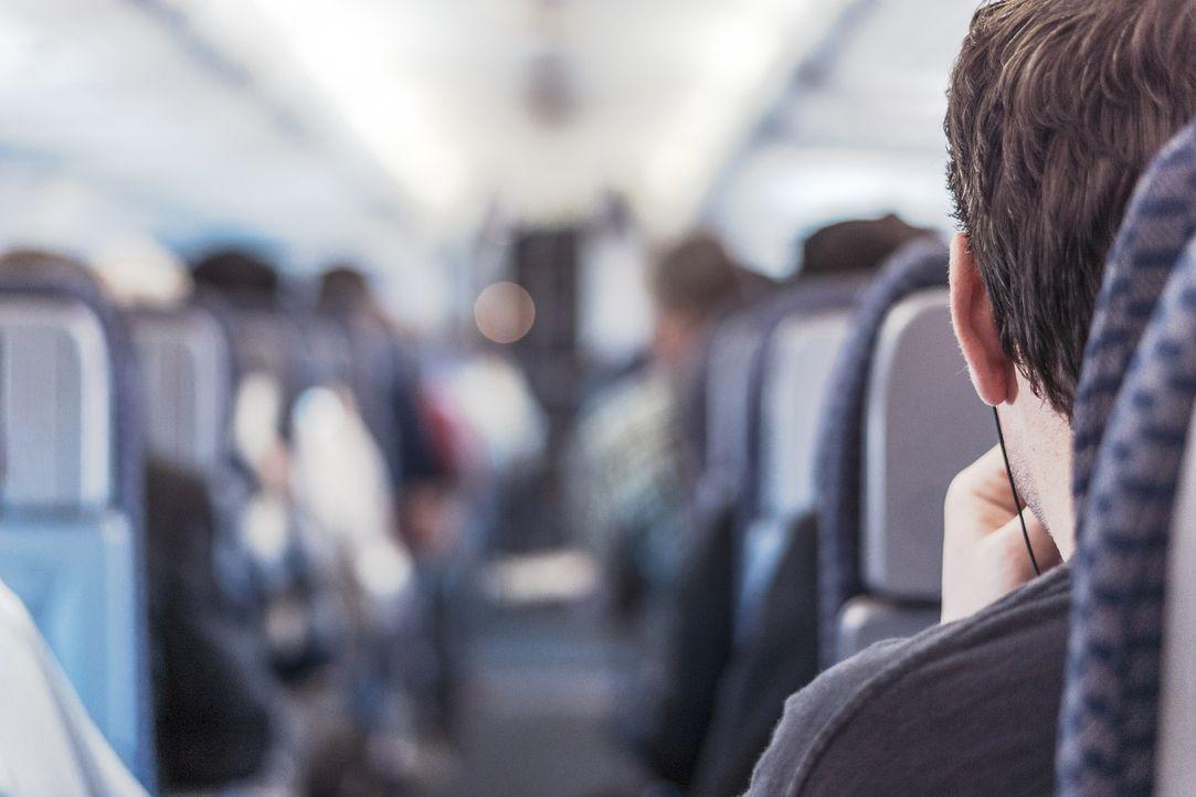 passenger-362169_1920
