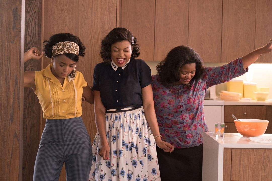 "(v.l.n.r.) Mary Jackson (Janelle Monáe); Katherine G. Johnson (Taraji P. Henson); Dorothy Vaughan (Octavia Spencer) - Bildquelle: Peter ""Hopper"" Stone 2016 Twentieth Century Fox Film Corporation.  All rights reserved."