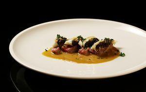The-Taste-Stf01-Epi04-2-Filet-Wellington-Tolga-Klein-01-SAT1