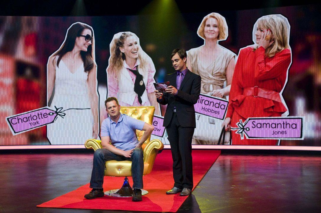 """Harro Füllgrabe (r.) ist gespannt, wie viele Rollen Stephan (l.) aus der Serie """"Sex and the City"""" kennt ... - Bildquelle: SAT.1"""