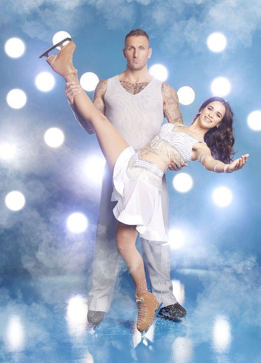Kevin Kuske mit Tanzpartnerin - Bildquelle: Fotograf: Marc Rehbeck