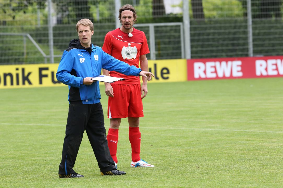 Das Duell – Alle gegen den BVB mit Oliver Pocher – Sdg.1 - Bildquelle: SAT.1/Ralf Juergens