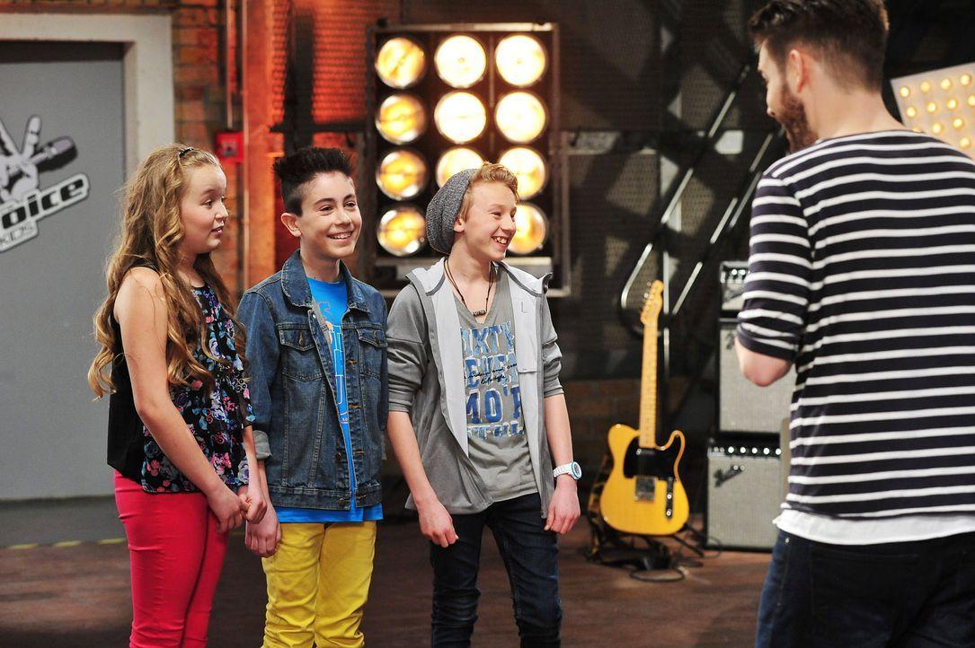 The-Voice-Kids-Stf02-Epi07-Vanessa-Joel-Leif-4-SAT1-Andre-Kowalski - Bildquelle: SAT.1/Andre Kowalski