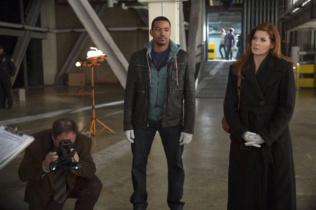 Caroline Adams, eine junge Frau, wurde ermordet. Laura (Debra Messing, r.) und Billy (Laz Alonso, M.) beginnen sofort mit den Ermittlungen, um den F... - Bildquelle: Warner Bros. Entertainment, Inc.
