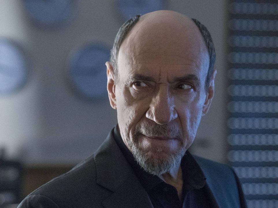 Ist wütend darüber, was mit Saul geschehen ist: Dar Adal (F. Murray Abraham) ... - Bildquelle: Stephan Rabold 2015 Showtime Networks, Inc., a CBS Company. All rights reserved.