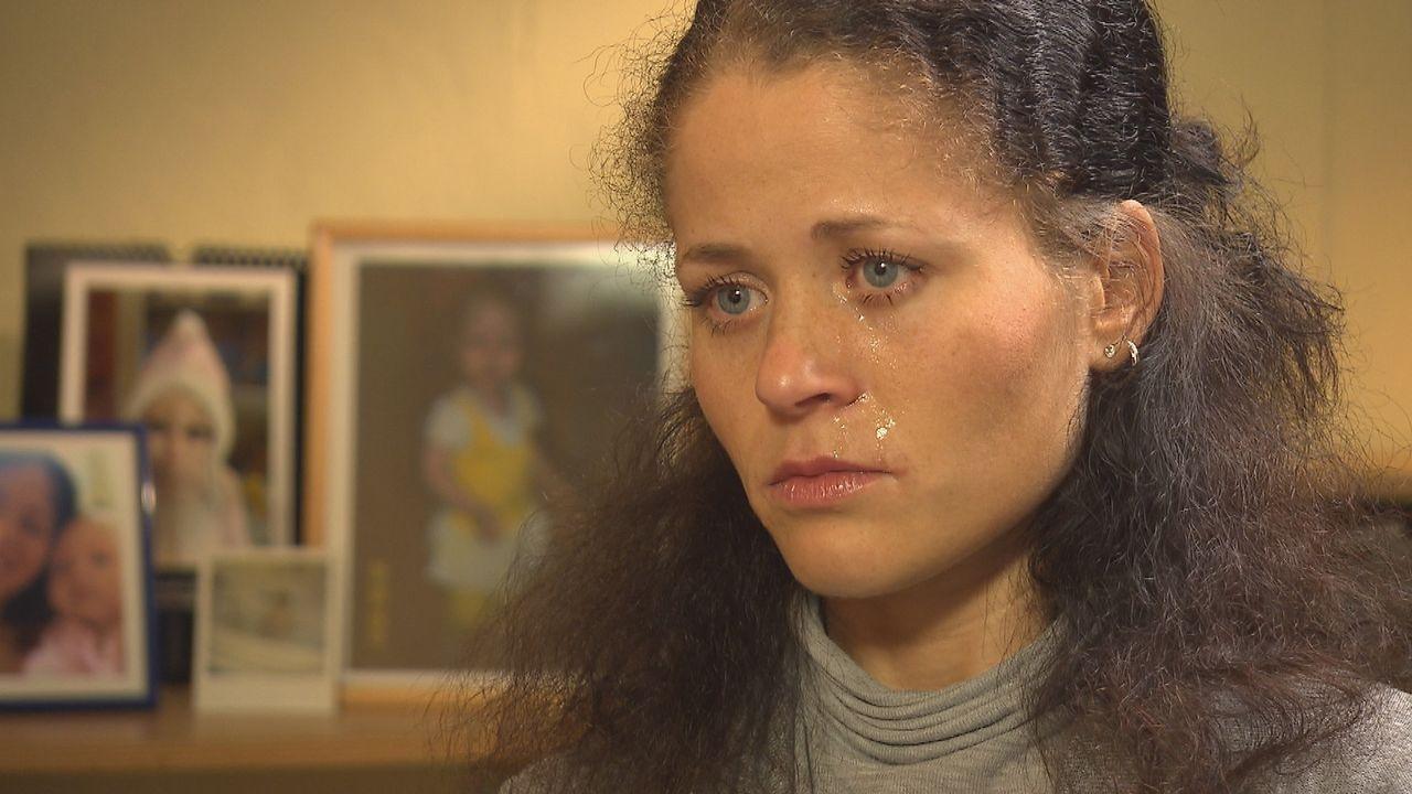 Auf der Suche nach ihrer Mutter: Felicitas ... - Bildquelle: SAT.1