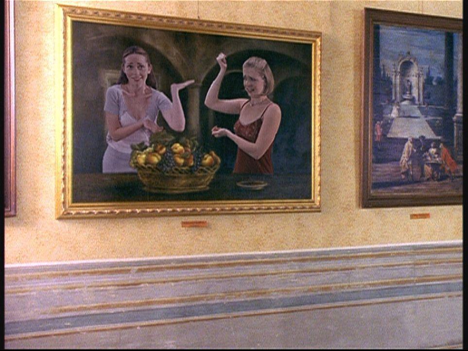 In Rom lernt Sabrina (Melissa Joan Hart, r.) ein Mädchen namens Gwen (Tara Charendoff, l.) kennen. Nicht ahnend, dass auch Gwen eine Hexe ist ... - Bildquelle: American Broadcasting Company