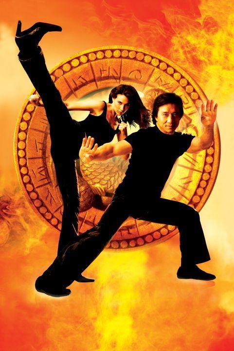 Eddie Yang (Jackie Chan, r.) und seine Ex-Freundin Nicole James (Claire Forlani, l.) sind hinter dem Bösewicht ?Snakehead? her ... - Bildquelle: 2004 Sony Pictures Television International. All Rights Reserved.