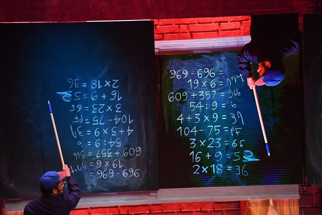 Simon Pearce - Bildquelle: Willi Weber SAT.1 / Willi Weber