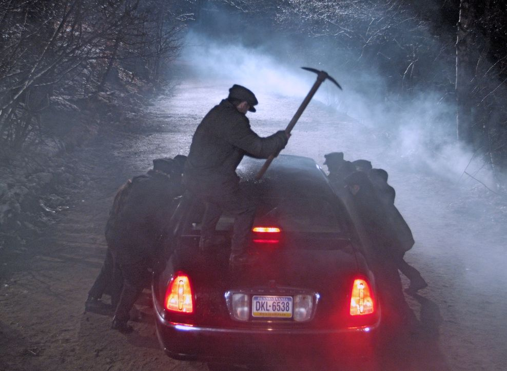 Machen auf alles Jagd, was sich bewegt: die Zombies ... - Bildquelle: Nu Image Films