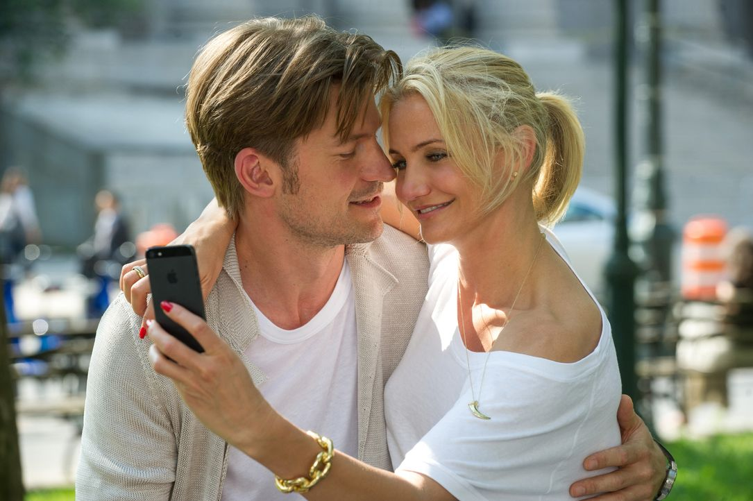 Es könnte alles so schön sein in der Beziehung von Carly (Cameron Diaz, r.) und Mark (Nikolaj Coster-Waldau, l.), doch dann stellt die Geschäftsfrau... - Bildquelle: Barry Wetcher 2014 Twentieth Century Fox Film Corporation.  All rights reserved.