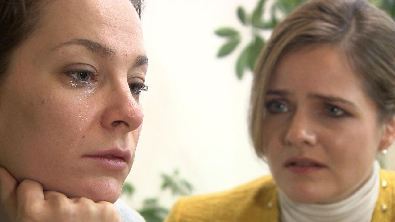 Der leitenden Versicherungsangestellten Nina (l.) wurde das Schlimmste angetan was einer Frau wiederfahren kann. Auf einer Firmenfeier hat ihr jeman... - Bildquelle: SAT.1