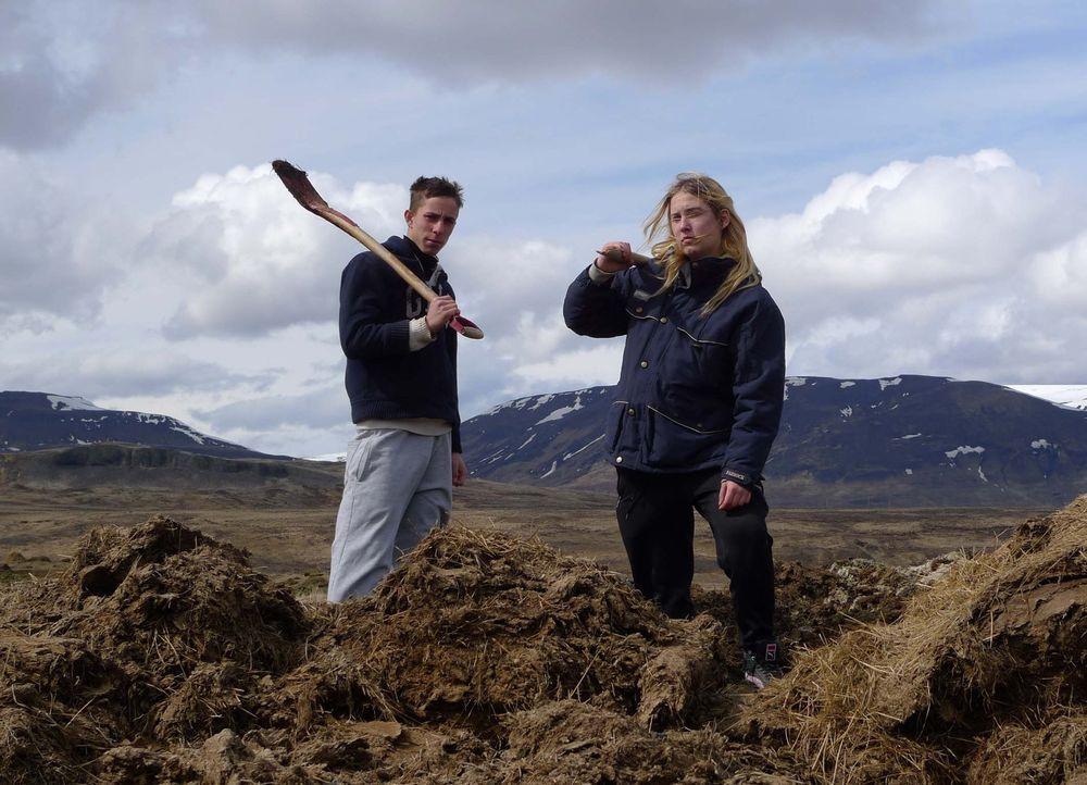 Auf Island bekommen Danny (l.) und Jasmin (r.) die Chance, ihr Leben zu verändern. Doch werden sie sie nutzen? - Bildquelle: kabel eins