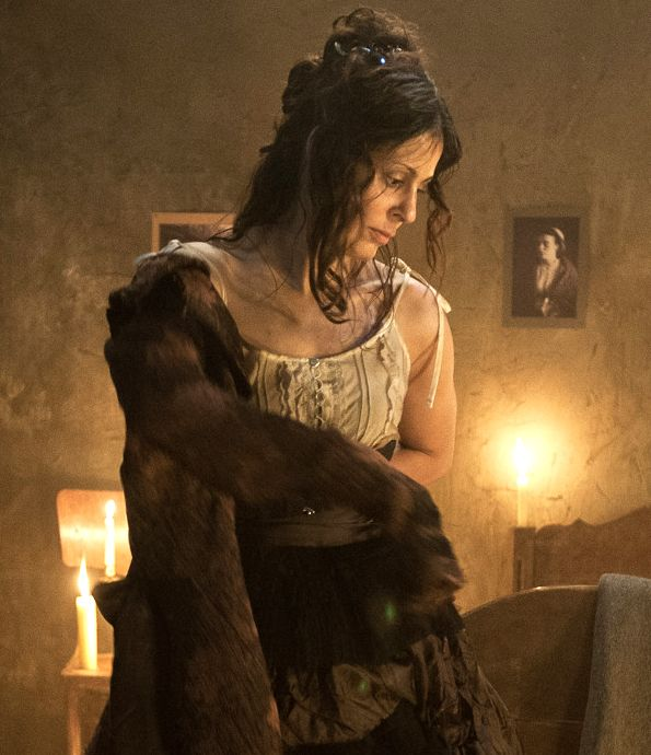 Jack the Ripper: Funda Vanroy als Mary Jane Kelly - Bildquelle: Foto: © SAT.1/Algimantas Babravicius
