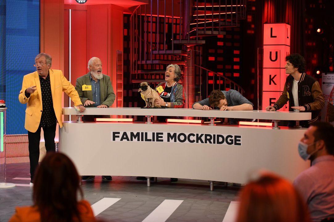 (v.l.n.r.) Werner Schulze-Erdel; Bill Mockridge; Margie Kinsky; Luke Mockridge; Liam Mockridge - Bildquelle: Steffen Z. Wolff SAT.1 / Steffen Z. Wolff