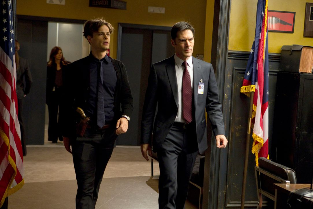 Ein neuer Fall wartet auf Hotch (Thomas Gibson, r.) und Reid (Matthew Gray Gubler, l.) ... - Bildquelle: ABC Studios
