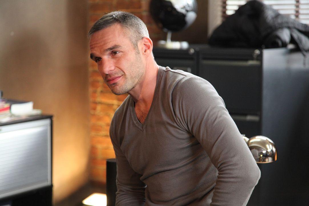 Wie gut kommt Kommandant Rocher (Philippe Bas) mit seinem neuen Team zurecht? - Bildquelle: Stanislas Marsil 2011 BEAUBOURG AUDIOVISUEL