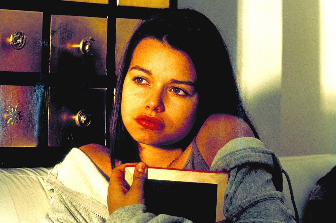 Sweet little sixteen: Sophie Reiner (Cosma Shiva Hagen) ... - Bildquelle: Klick ProSieben