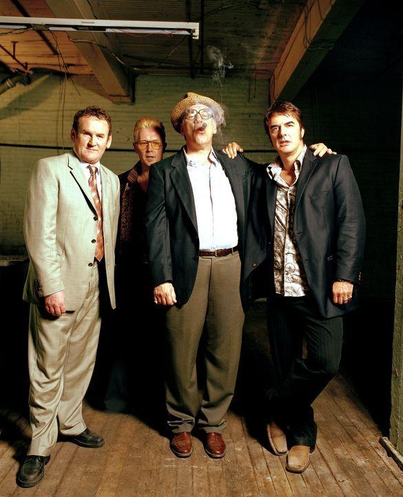 Die FBI-Agenten Mike Tozzi (Chris Noth, r.) und Cuthbert Gibbons (Colm Meaney, l.) sollen einigen Mafia-Kredithaien das Handwerk legen. Deshalb wird... - Bildquelle: CBS International Television