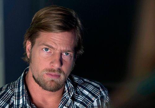 Henning Baum als Mick Brisgau. - Bildquelle: Martin Rottenkolber - Sat1