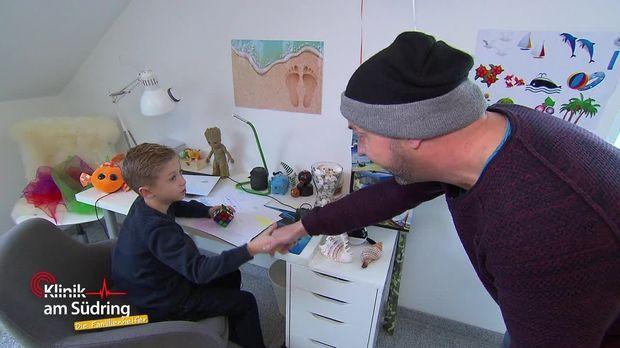 Klinik Am Südring - Die Familienhelfer - Klinik Am Südring - Die Familienhelfer - Super Lars Minute