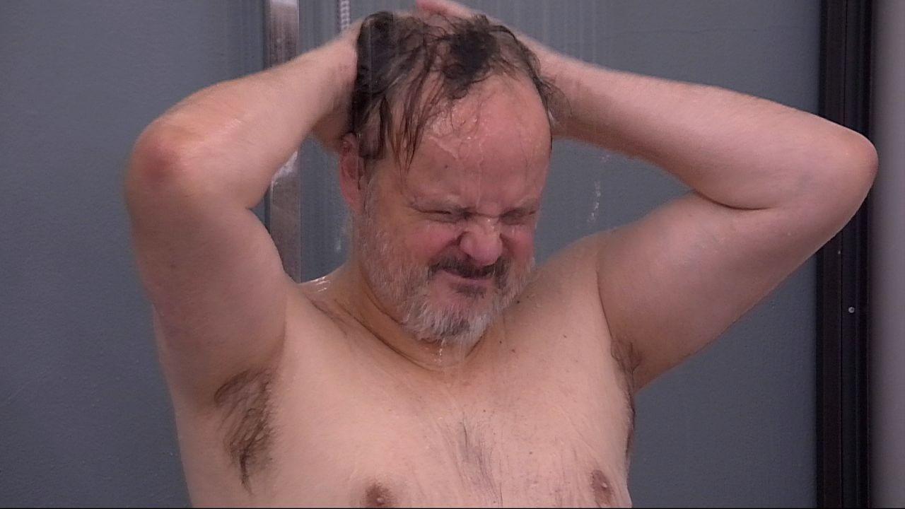 Hubert duscht