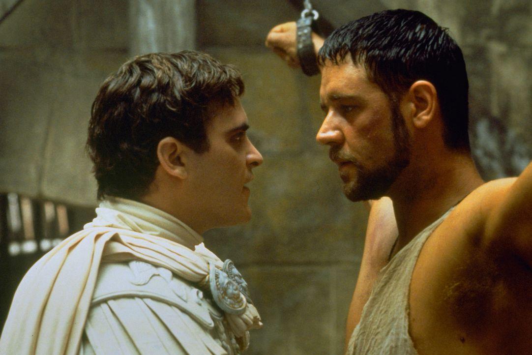 Maximus (Russell Crowe, r.) war einst ein gefeierter Feldherr. Der Kaiser hatte große Pläne mit ihm und wollte ihn, den er mehr liebte als seinen So... - Bildquelle: Universal Pictures