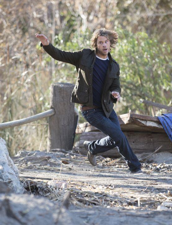 Um seine Kollegen aus den Fängen ihrer Entführer zu retten, lässt Deeks (Eric Christian Olsen) nichts unversucht ... - Bildquelle: CBS Studios Inc. All Rights Reserved.
