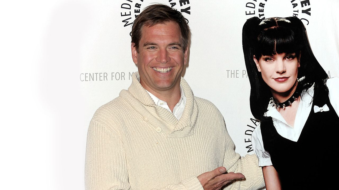 michael-weatherly-10-03-01-pauley-perette-aufsteller-getty-AFP - Bildquelle: getty-AFP
