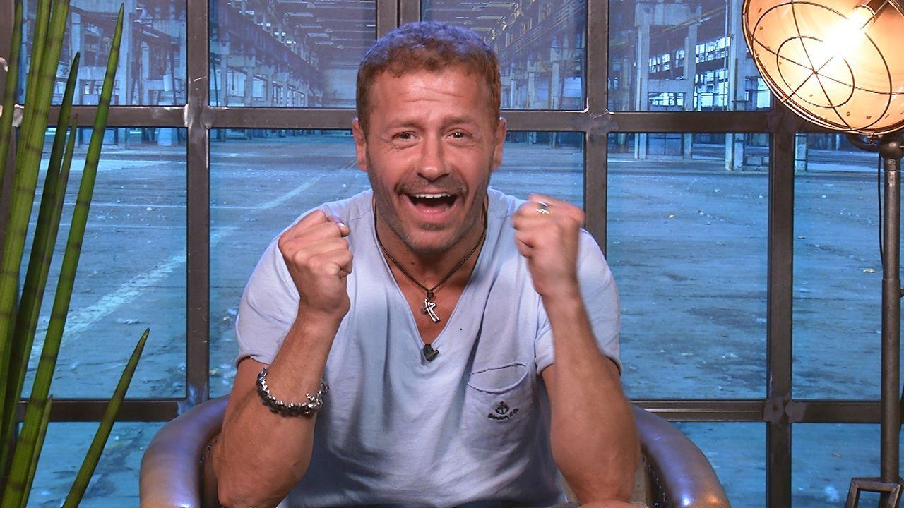 Willi Herren freut sich: Er ist im Finale! - Bildquelle: SAT.1