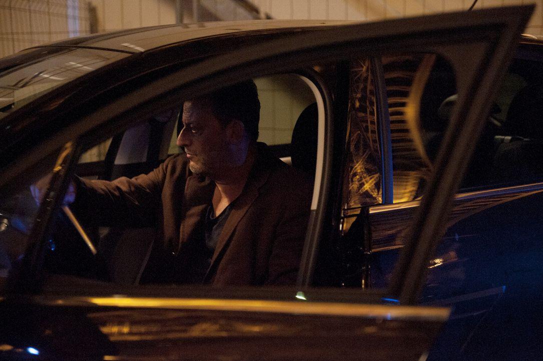 Ein neuer Mordfall wartet auf Ermittler Jo Saint-Clair (Jean Reno) und seine Kollegen ... - Bildquelle: Stéphanie Dupont Atlantique Productions