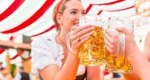 Oktoberfest feiern_2015_08_31_Wiesn Preise_Bild1_fotolia_Kzenon