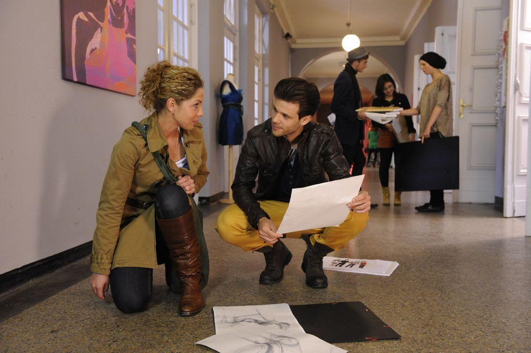Nina bekommt Hoffnung, dass die Absage der Modeschule tatsächlich ein Versehen war. Nina (Maria Wedig, l.) und Chris Doppler (Frank Ziegler, r.) ... - Bildquelle: SAT.1