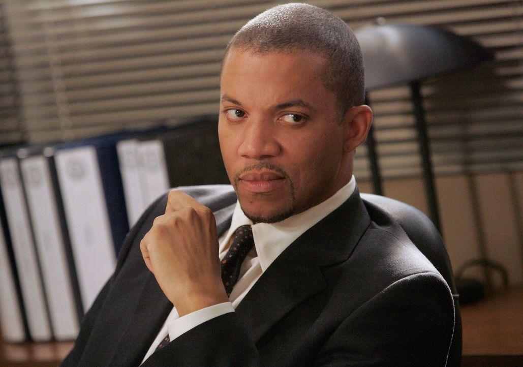 Gemeinsam mit dem BAU-Team, versucht Agent James Sheridan (Christopher B. Duncan) die Serienkiller zu fassen ... - Bildquelle: Touchstone Television